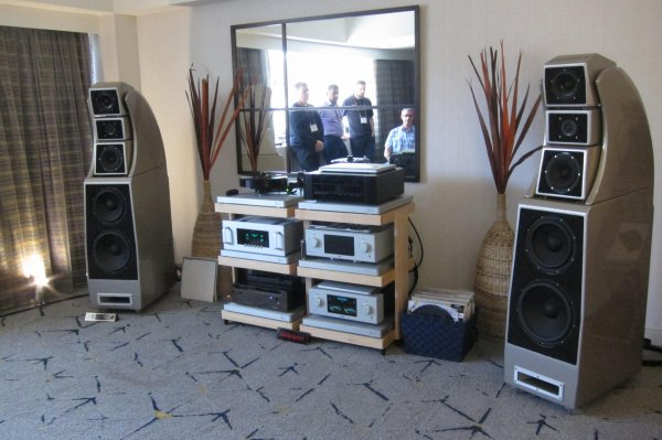 IMG_0288Los Angeles Audio Show 2017.jpg
