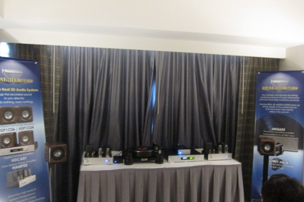 IMG_0319Los Angeles Audio Show 2017.JPG