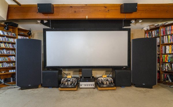 2019Jan23_Room front w MA-1s & Quads_1500w.jpg