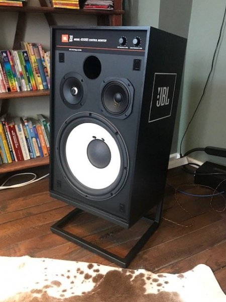 A ProgRock evening with JBL 4312SE speakers | What's Best Audio and