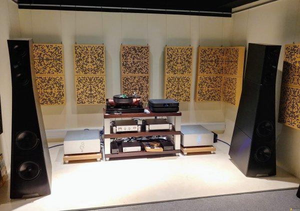 The Hiendy Club in Hong Kong : an internet hi-end audiophile forum